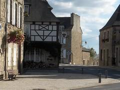 Broons place 2 - Photo of Saint-Jouan-de-l'Isle
