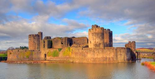 castle geotagged caerphillycastle moat hdr 3shotshandheld2ev geo:lat=51574936 geo:lon=3219498