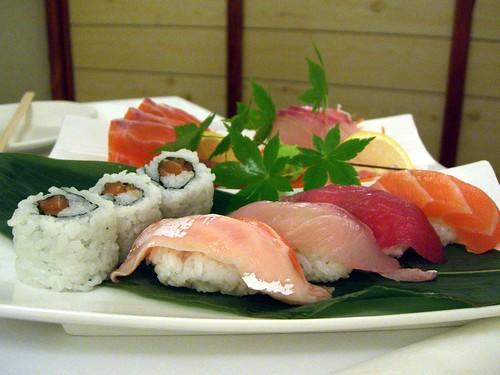 Sushi Sashimi Platter - J Cafe