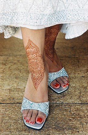 ratna feet