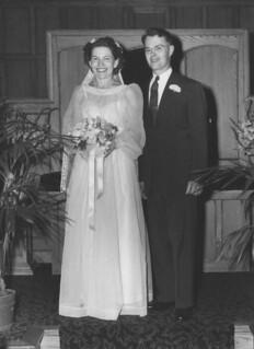 1946_08_17_wedding_fullsize2.jpg