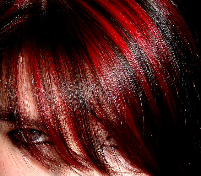 Red 'n' Black Hair