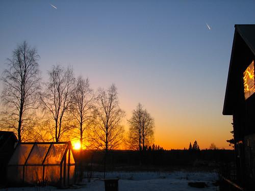 winter sunset sun airplane aeroplane greenhouse penttilänmäki