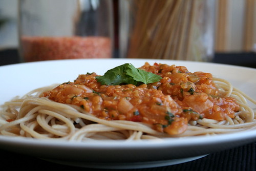 Whole Wheat Spaghetti & Lentil Sauce