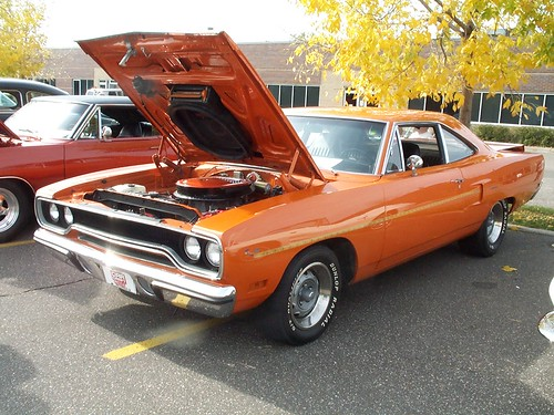 Plymouth Road Runner 440 six pack