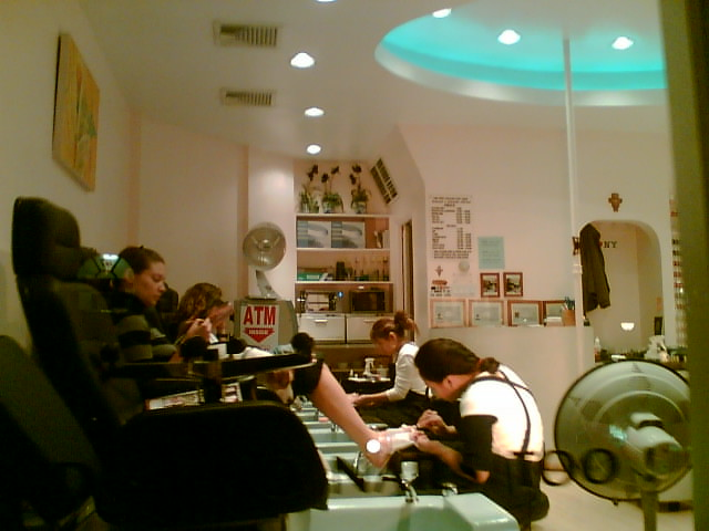 Dog pedicure flickr photo sharing for Admiral nail salon