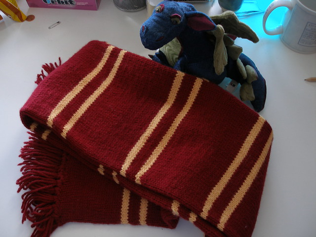 Scarf Knitting Styles : Harry potter gryffindor scarf poa style flickr photo