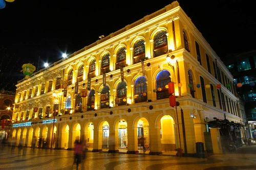 china light building classic architecture night buildings geotagged golden noche colorful long exposure do nacht colonial arcade style arches senado noite colourful 中国 arcades macau largo nuit gebäude notte nachtaufnahme macao 澳门 ©allrightsreserved abigfave top20travel theunforgettablepictures theperfectphotographer goldstaraward spiritofphotography rubyphotographer damniwishidtakenthat geo:lat=22193947 geo:lon=113539994 nikonflickrawardgold nikonflickraward50mostinteresting mygearandme mygearandmepremium mygearandmebronze mygearandmesilver mygearandmegold mygearandmeplatinum mygearandmediamond dblringexcellence tplringexcellence