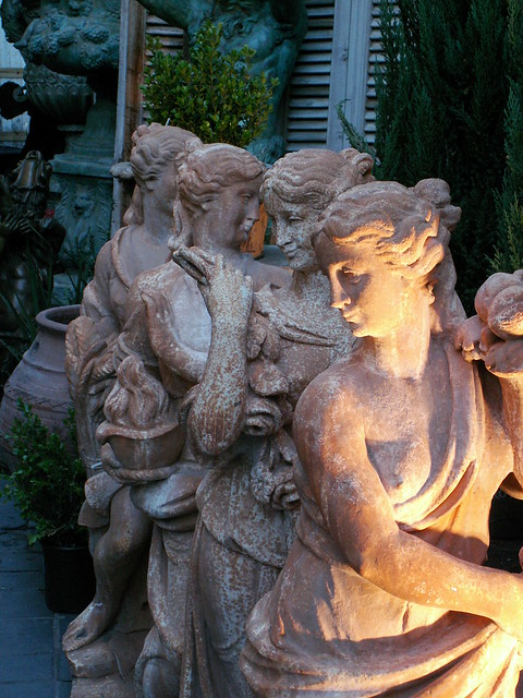 Garden statues for sale explore rosefirerising 39 s photos for Lawn ornaments for sale