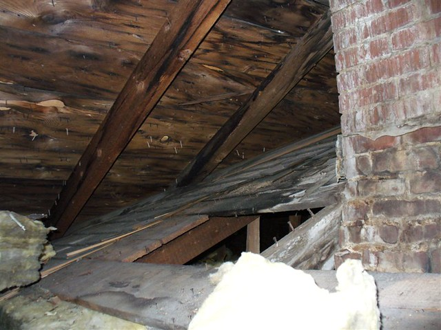 attic facing se bedroom good view of the old roof with shi flickr photo sharing. Black Bedroom Furniture Sets. Home Design Ideas