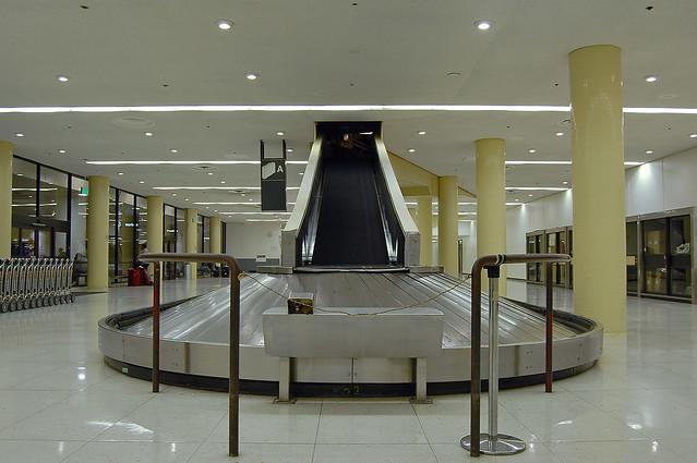 LAX baggage claim