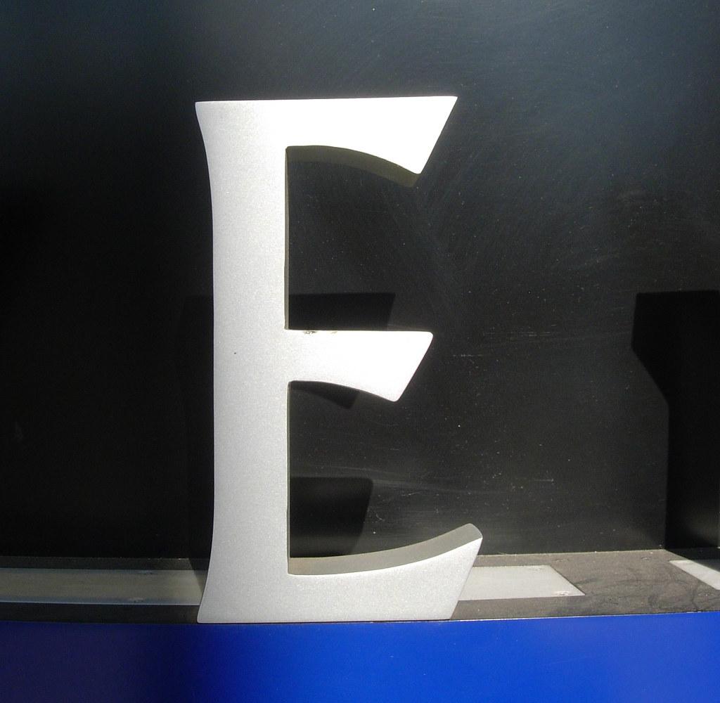 E blue