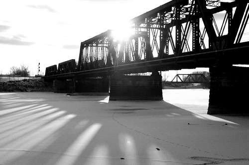 Bridge B&W