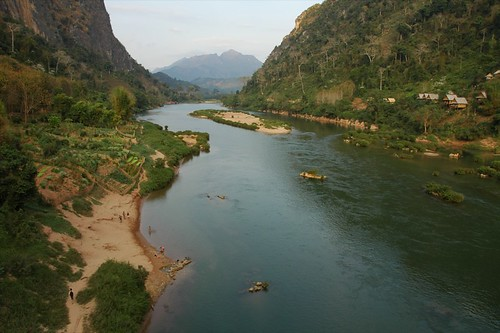 river village laos aes nongkhiaw