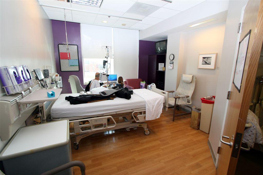 Johns hopkins hospital room