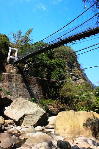 1Q58達娜伊谷吊橋
