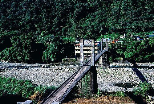 L382橫山內灣吊橋