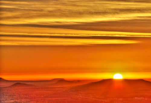 red sun colors sunrise mexico starwars nikon scifi zacatecas hdr tatooine photomatix d80 18135mm