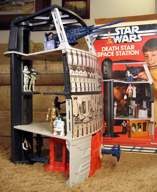 Kenner's Death Star Space Station - a photo on Flickriver