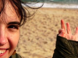 "Image de Platja de ""l'Astillero"". friends portrait beach smile happy dof maresme platja amigues 2007 febrer vilassardemar"