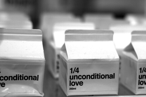 unconditional love (solo un quarto)