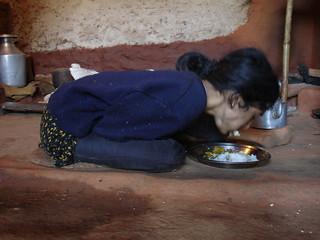 Sabitra---Taking-Food