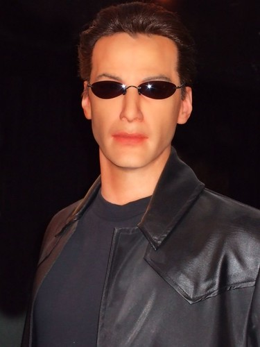 344756588 1ab2220863 Keanu Reeves as Neo at the SF Wax Museum (1)