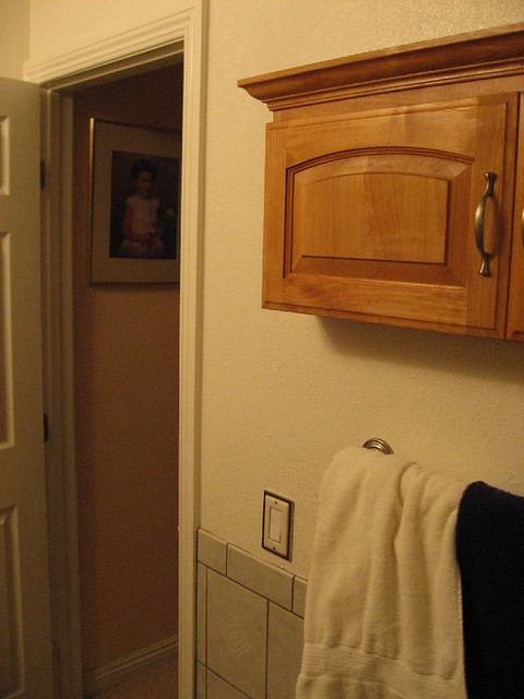 Opposite Wall Storage Cabinet 1 w Entry Door | Flickr - Photo Sharing!