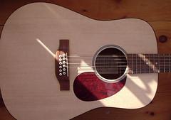 slide guitar(0.0), cuatro(1.0), string instrument(1.0), ukulele(1.0), acoustic guitar(1.0), guitar(1.0), electric guitar(1.0), vihuela(1.0), acoustic-electric guitar(1.0), bass guitar(1.0), string instrument(1.0),
