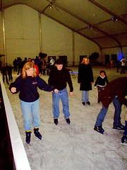 mom_skating