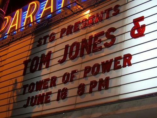 Tom Jones 01
