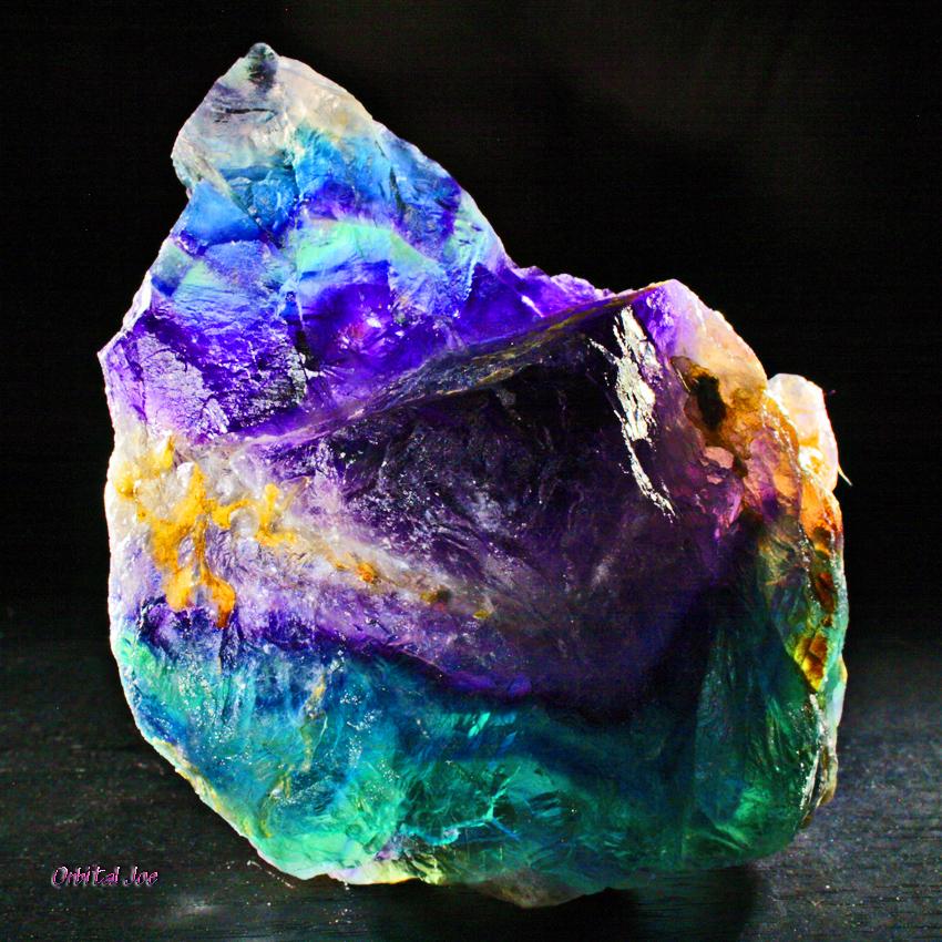 Красивые драгоценные камни фото