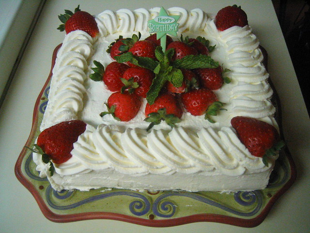 Cake Designs With Whipped Cream : Hot Milk Sponge Cake Flickr - Photo Sharing!