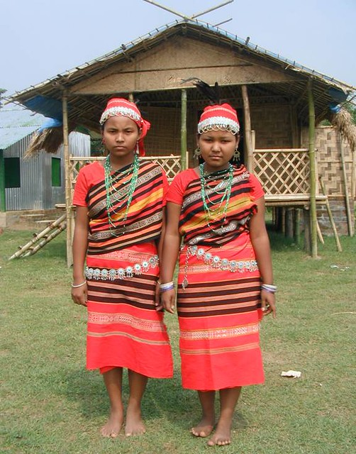 Dresses of Meghalaya: Attires And Ornaments