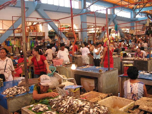 Fish market roxas city flickr photo sharing for City fish market