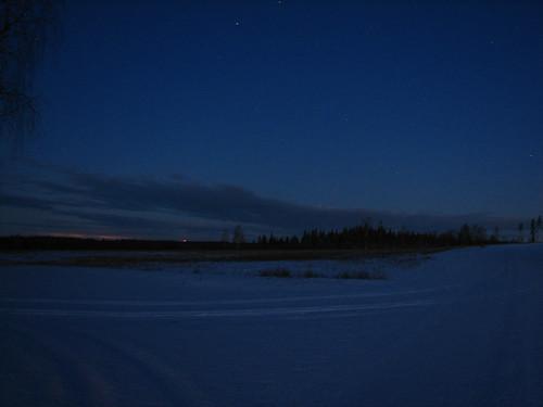road winter snow field night sunrise stars penttilänmäki