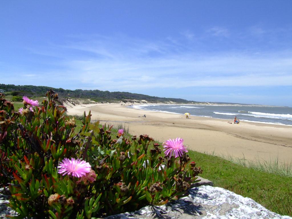 Praia do Parque Santa Teresa, Rocha, Uruguay