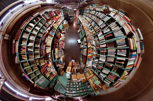 La caverne aux livres