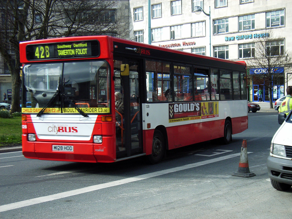Plymouth Citybus 128 M128HOD