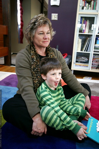 nick in aunt sharon's lap    MG 2498