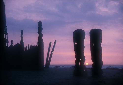 bigisland cityofrefuge gods hawaii hawaiian placeofrefuge puuhonuaohonaunau southpacific sunset