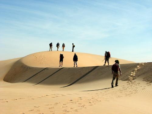 africa shadow sahara trek is sand shadows desert path sable powershot explore s3 mauritania mauritanie adrar powershots3is s3is 25faves abigfave ergouarane melvilleb
