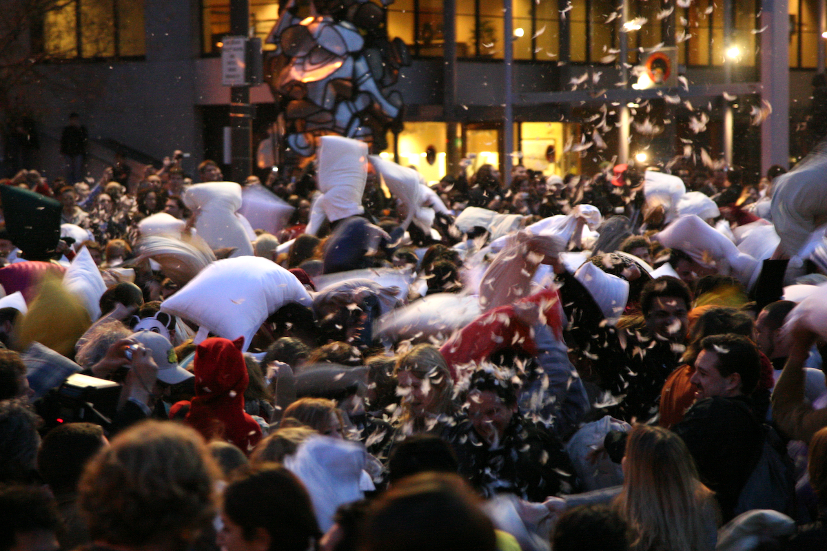 San Francisco Pillow Fight 2007 | Flickr - Photo Sharing!