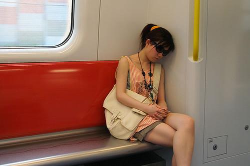 Японский трансвестит в метро