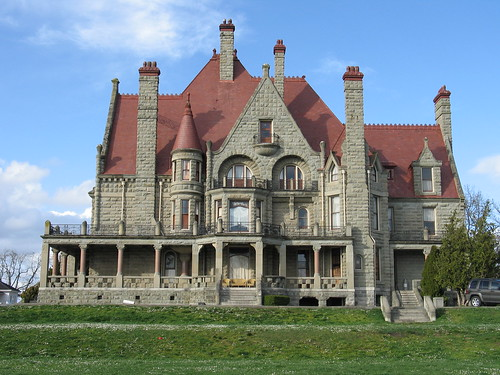 Great canadian mansions skyscraperpage forum for Cheapest houses in victoria