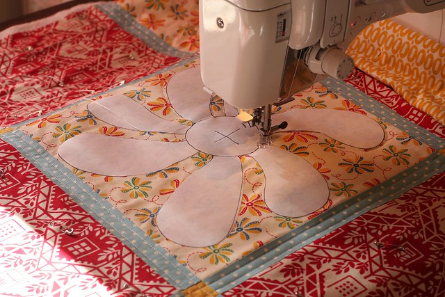 404932518_6551efa00c_zjpg free motion quilting with freezer paper templates