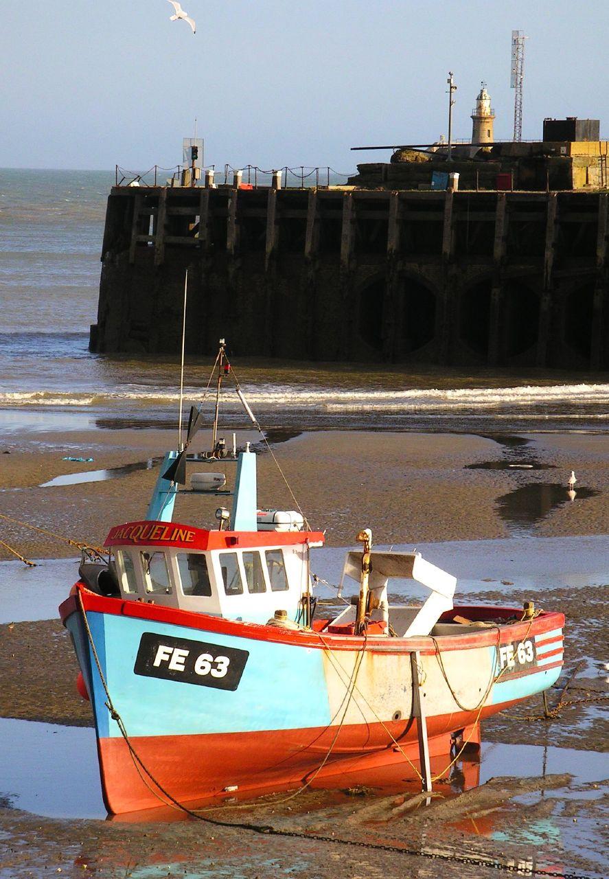 Book 3, Walk 13, Folkestone Circular 10 Boat, Folkestone Harbour, 3 March '07