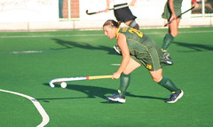 stick and ball games, ball, sport venue, grass, sports, team sport, hockey, field hockey, player, ball game,
