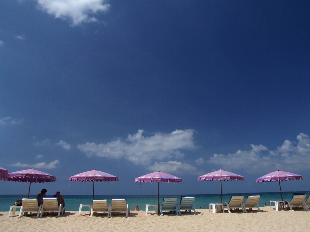 Beach Umbrella Parasol Sun Shade Thailand Strand Meer Sonnenschirm Phuket Kata Noi