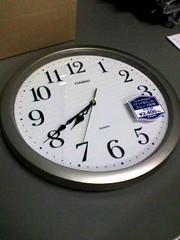 でかめのボタン電池の新しいのをもらいに行ったら新しい時計になっていた